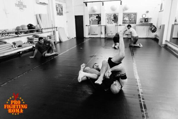 Allenamento di Una esibizione di Brazilian jiu jitsu a Roma con il maestro Gianfranco Delli Paoli
